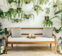 Gartenbank dekorieren – Ideen und Tipps für ein zauberhaftes Gartengefühl
