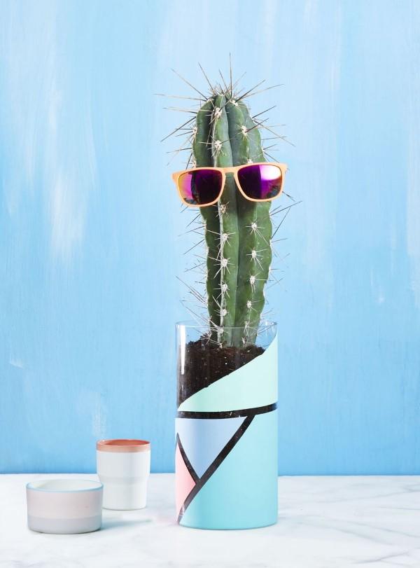 Glasvasen dekorieren – Ideen und Anleitung für künstlerisch begabte Bastler kaktus vase lustig