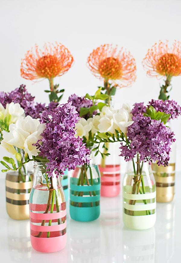 Glasvasen dekorieren – Ideen und Anleitung für künstlerisch begabte Bastler streifen farben diy vase