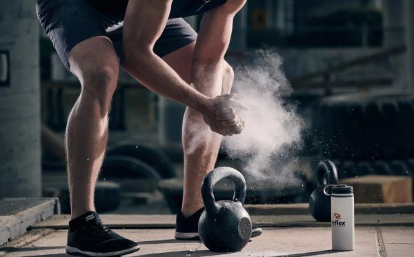 Ασκήσεις Kettlebell για το σπίτι - Ταιριάζει παρά τις ασκήσεις βάρους Corona magnesia στο σπίτι