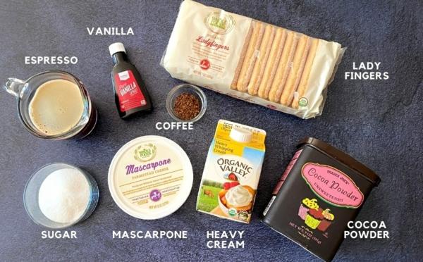 Löffelbiskuits und andere Zutaten für Tiramisu ohne Ei Rezept