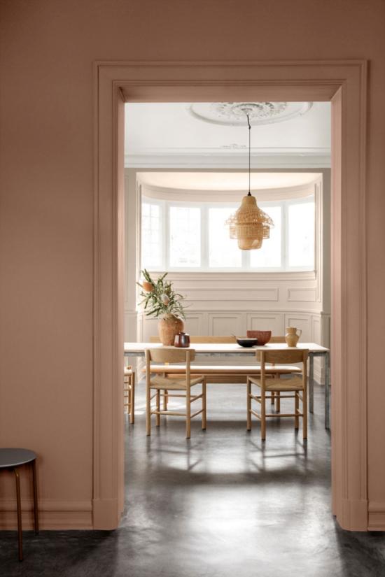 Mehr Farbe ins Interieur bringen clevere Farbgebung verschiedene Pastellnuancen von Braun einheitliches Gestaltungskonzept