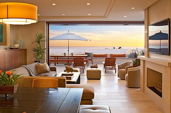 Open-Air-Wohnzimmer nahtloser Übergang zwischen drinnen und draußen Sonnenschirm