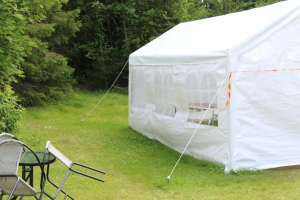Pavillons mühelos und effektiv reinigen5