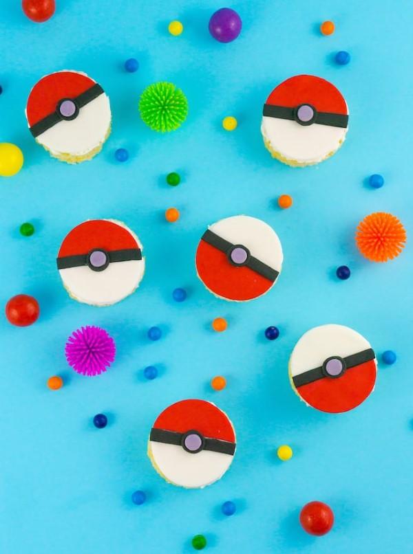 Pokemon basteln mit Kindern – fantastische Ideen und Bastelanleitung pokeball kekse deko