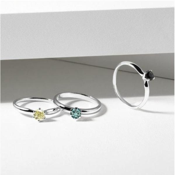 Ringe mit farbigen Edelsteinen verleihen der Verlobung das gewisse Etwas Verlobungsring 1