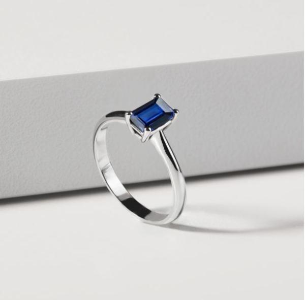 Ringe mit farbigen Edelsteinen verleihen der Verlobung das gewisse Etwas Verlobungsring 3