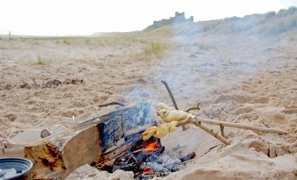 Stockbrot Rezept Ideen perfekt für ein picknick lagerfeuer am strand ideen