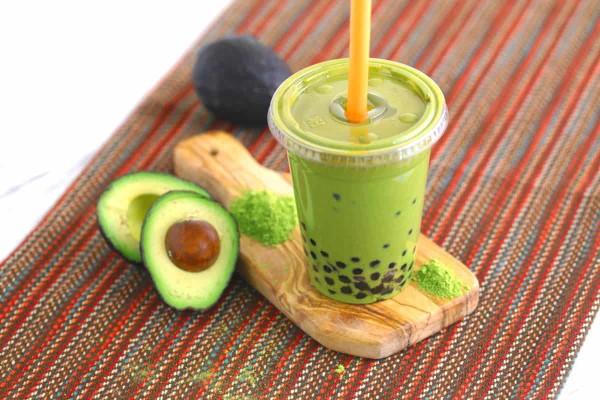 Trendiges Bubble Tea Rezept und köstliche Ideen zum Inspirieren avocado und grüner tee idee