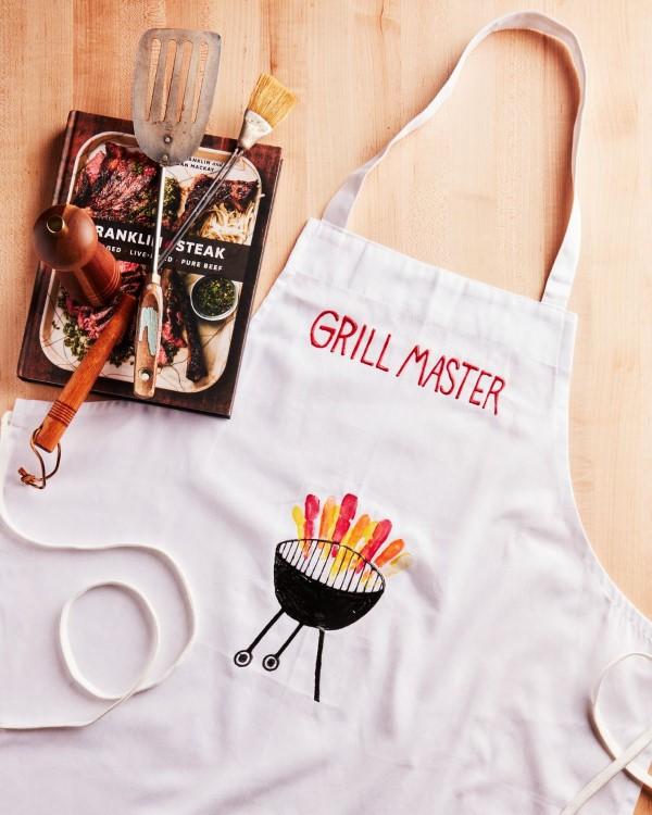Vatertag Geschenk basteln – Wissenswertes und kreative Bastelideen grill kochschürze diy