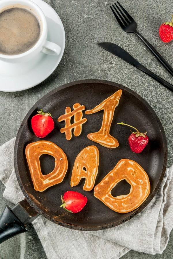 Vatertag Geschenk basteln – Wissenswertes und kreative Bastelideen pfannkuchen vater ideen