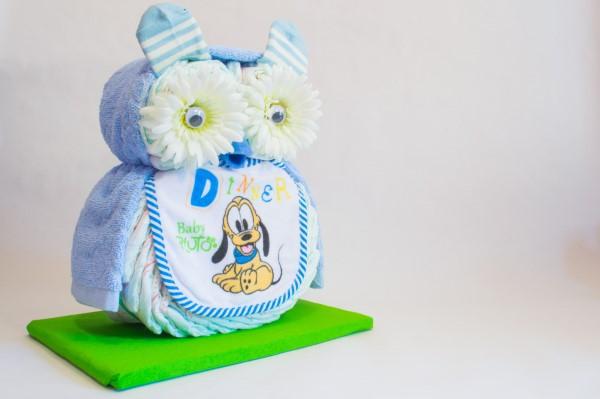 Windeleule basteln – Ideen und Anleitung für Ihre nächste Baby Shower Party windeltorte blau junge ideen