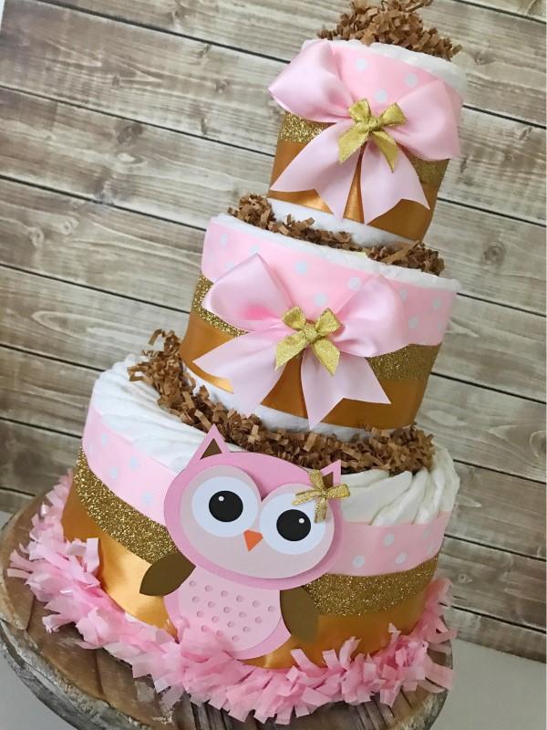 Windeleule basteln – Ideen und Anleitung für Ihre nächste Baby Shower Party windeltorte rosa gold eulen