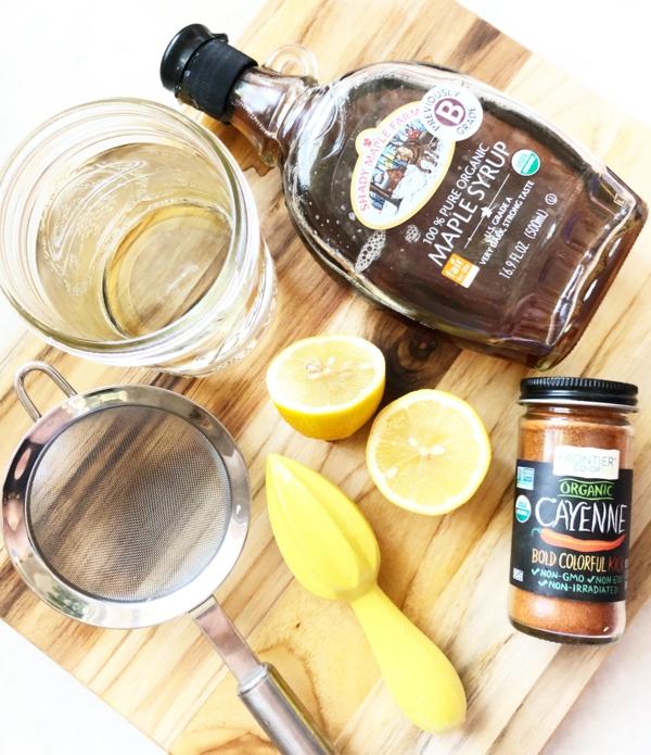 Zitronendiät Entgiftungsgetränk zubereiten Limonade Zutaten