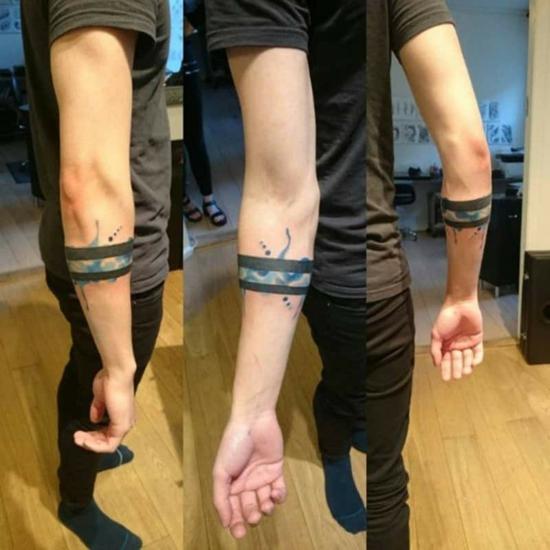 armband tattoo blackwork streifen wasserfarben