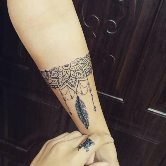 armband tattoo damen feder boho