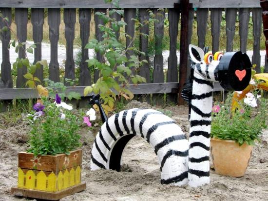 gartendeko ideen selbermachen zebra aus autoreifen