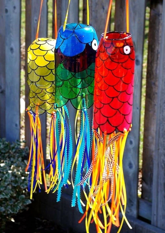 gartendeko selber machen plastikfische basteln