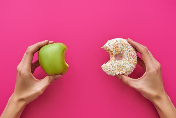 gesund abnehmen Dilemma Apfel essen oder Donut