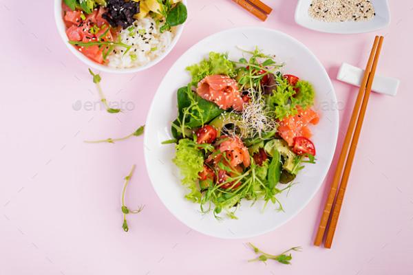 gesund abnehmen Salat mit Fisch feinster Geschmack gute Resultate bei Gewichtsabnahme