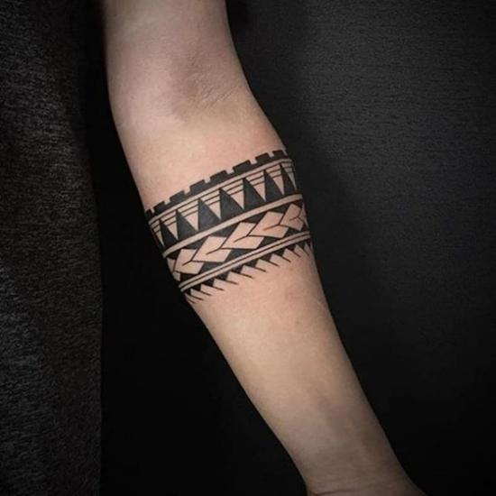 maori armband tattoo männer