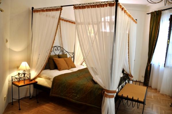 metallbett himmelbett romantisches schlafzimmer