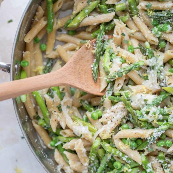 nudel rezepte mit grünem spargel und erbsen