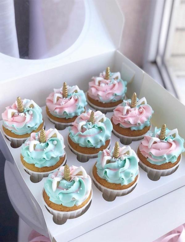 pastellfarbene einhorn muffins zubereiten
