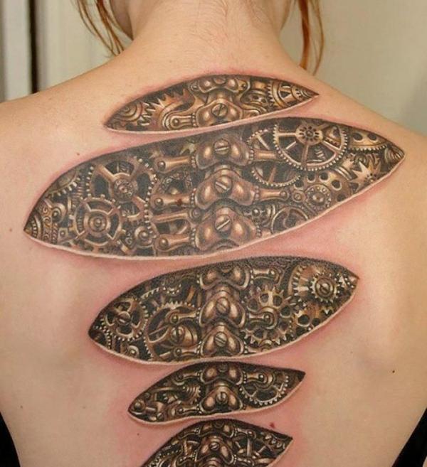 3d tattoos damen rücken biomechanik