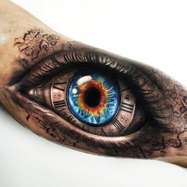 3d tattoos oberarm innenseite auge