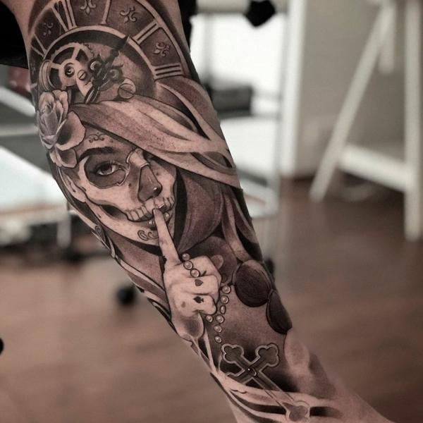 3d tattoos unterschenkel black work gotik