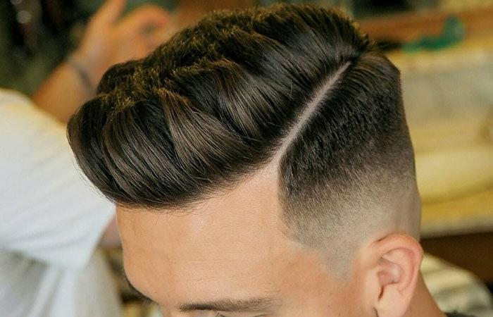 Boxerschnitt mit Übergang mit strich kurze haarschnitte maenner