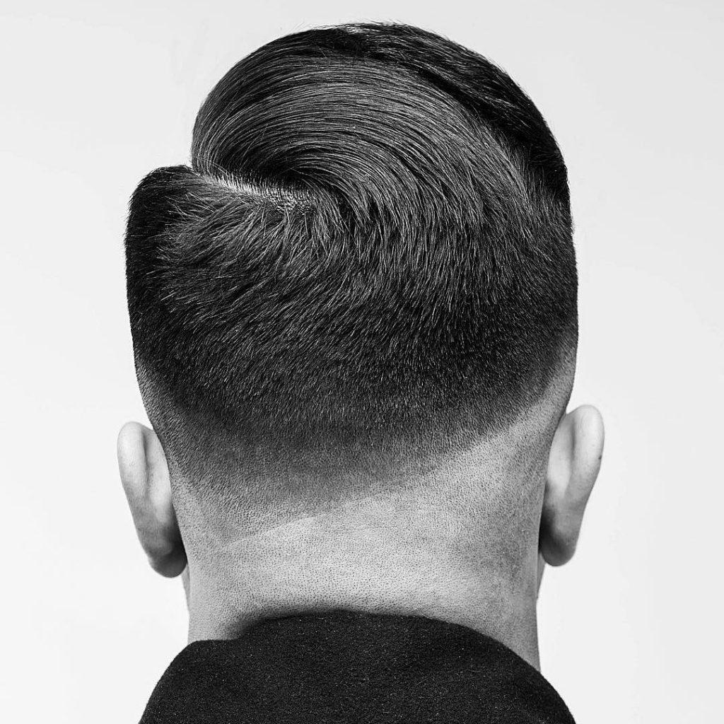 Mann hinterkopf frisur Frisur Wirbel