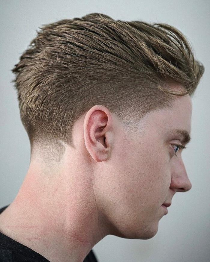 Boxerschnitt mit Übergang mit strich wild kurze haarschnitte langhaarfrisuren