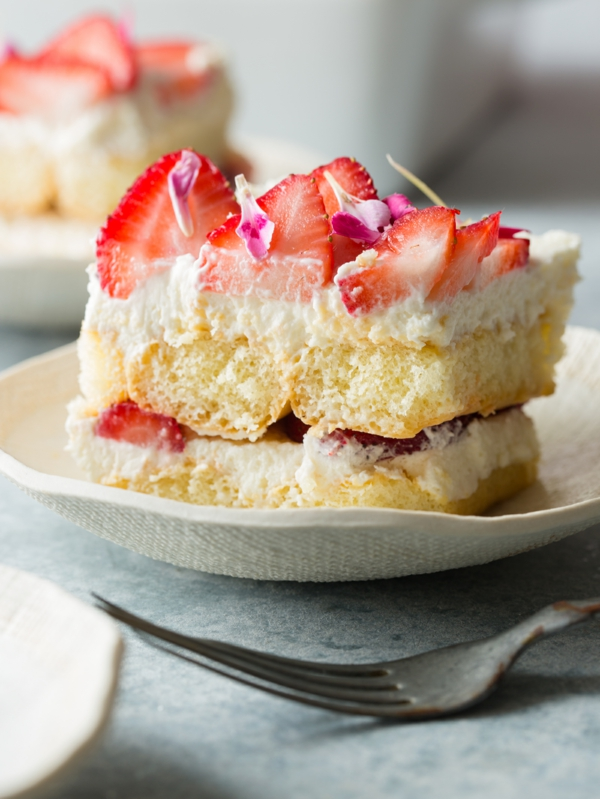 Erdbeer-Tiramisu im Glas oder im Blech zubereiten Rezept