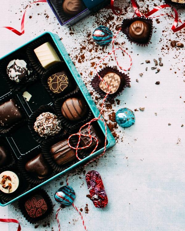 Firmengeschenke und worauf Sie bei der Wahl achten müssen pralinen schokolade geschenk