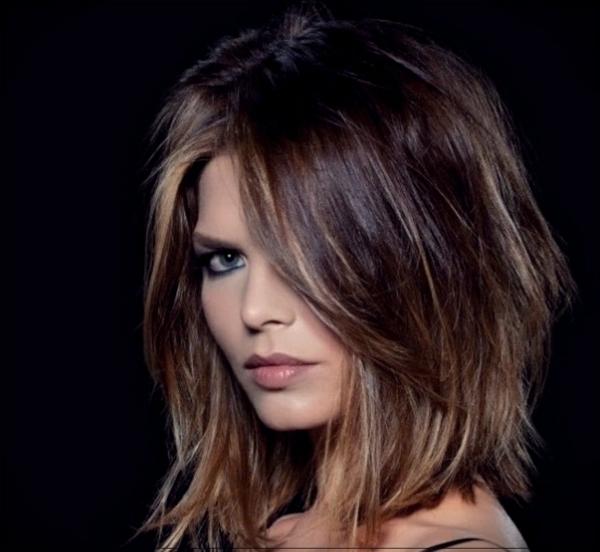 Frisuren für schmale Gesichter Haartrends 2021 Schichtfrisuren