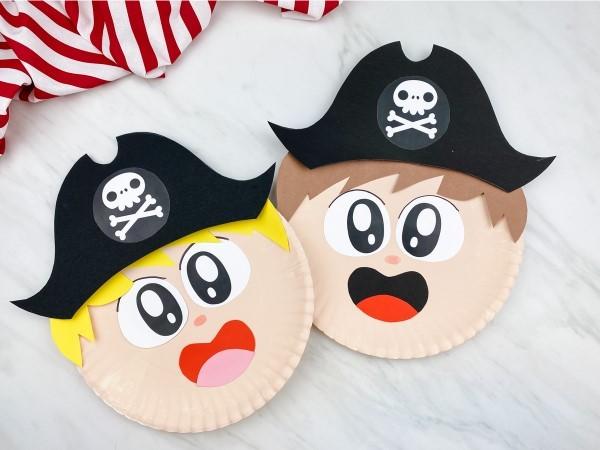 Piratenhut basteln mit Kindern – coole Ideen für Ihre nächste Kostümparty pappteller kinder masken