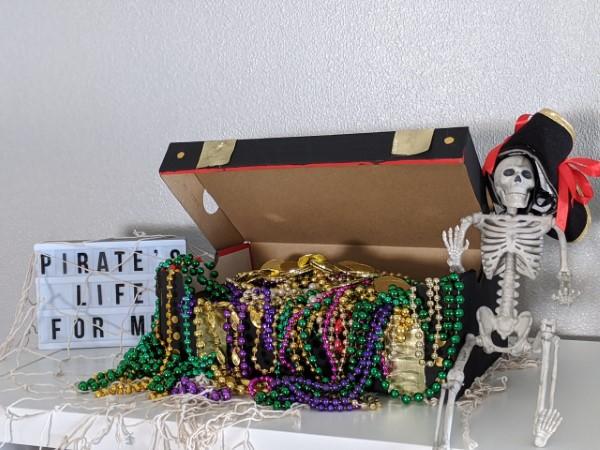 Schatzkiste basteln mit Kindern – lustige Ideen und Anleitung für Ihre Piratenparty perlen schatz truhe kinder