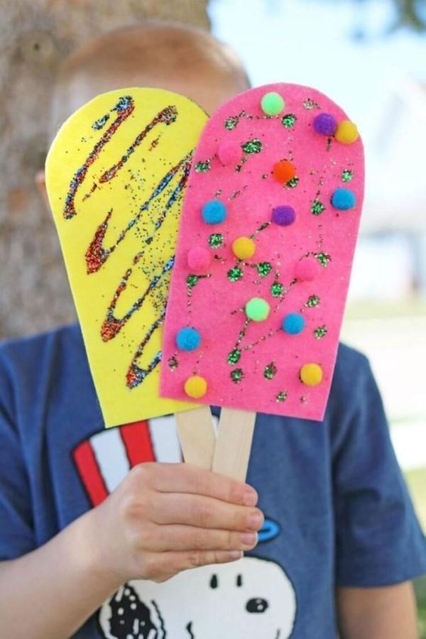 Schnelle Bastelideen für den Sommer – kinderleichte Ideen zum Inspirieren und Nachmachen eiscreme spiel buntpapier