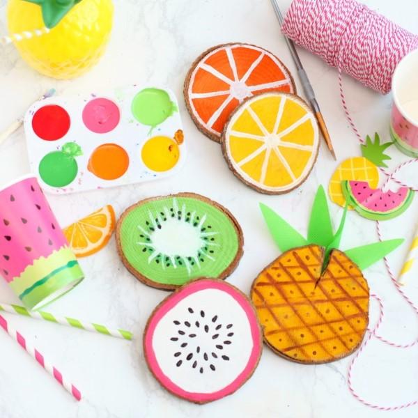 Schnelle Bastelideen für den Sommer – kinderleichte Ideen zum Inspirieren und Nachmachen tassen untersetzer bunt frucht