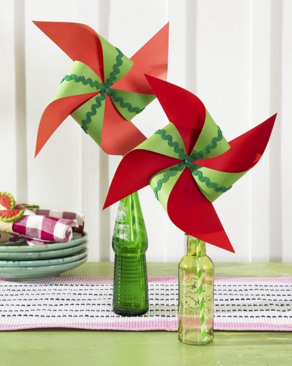 Schnelle Bastelideen für den Sommer – kinderleichte Ideen zum Inspirieren und Nachmachen windrad buntpapier wassermelone