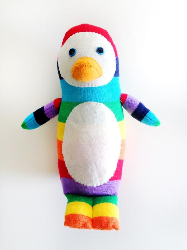 Spielzeug basteln mit Socken Pingiun