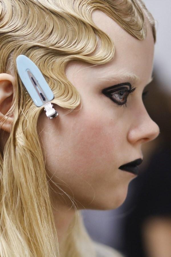 Wasserwelle Frisur – Frisurentrends aus den 20er Jahren sind immer noch aktuell schöne frisur blond