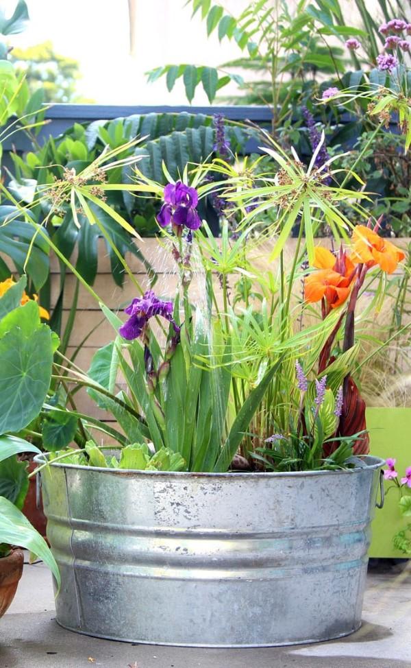Zinkwanne dekorieren – Ideen und Tipps für eine rustikale Gartendeko gartenteich mini idee