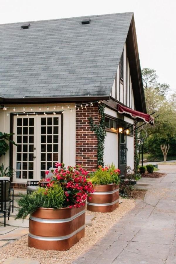 Zinkwanne dekorieren – Ideen und Tipps für eine rustikale Gartendeko modern schön deko bemalt