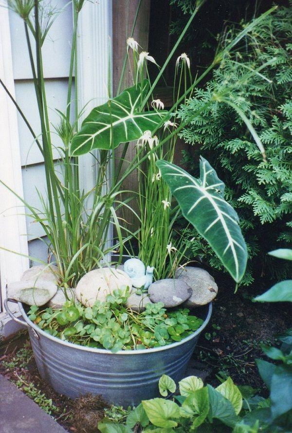 Zinkwanne dekorieren – Ideen und Tipps für eine rustikale Gartendeko wasser teich garten