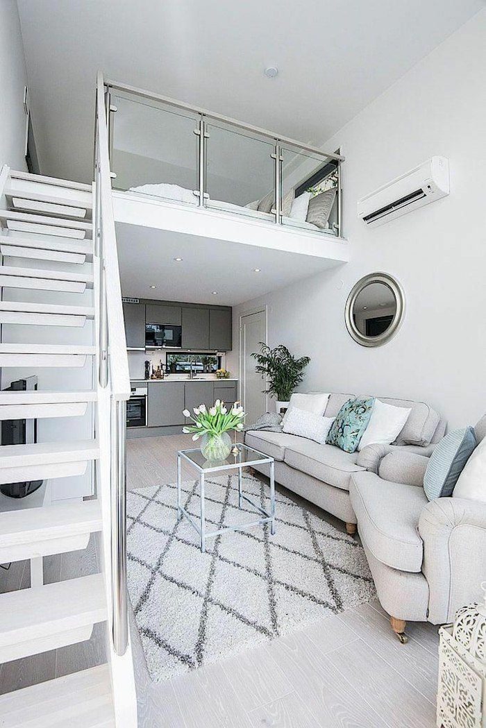 kleine wohnung einrichten einrichtungsbeispiele einzimmerwohnung treppe weiss