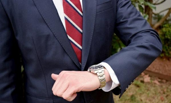 7 Vorteile, warum Sie eine Armbanduhr tragen sollten Armbanduhr Herren