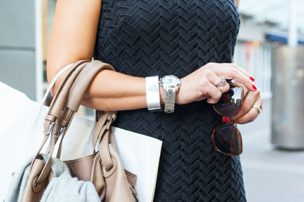 7 Vorteile, warum Sie eine Armbanduhr tragen sollten Modeaccessoires